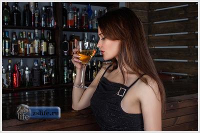 Алкоголь снимает напряжение